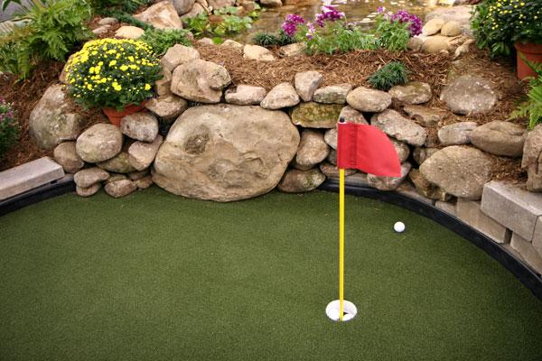 How to Create a Backyard Golf Hole - How To Create A Backyard Golf Hole - The Golfers Magazine
